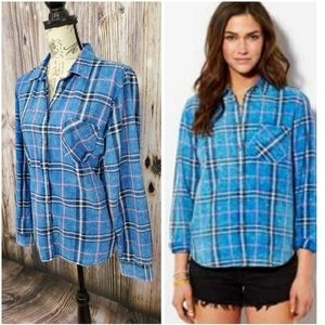 AEO Acid Wash Grungy Style Plaid Button Up Shirt
